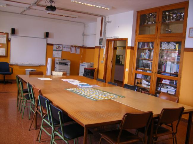 Sala de profesores c e i p santa b rbara for Proyecto de comedor infantil